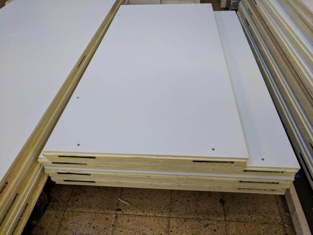 Cold room panels manufacture and installation. Service in the UK.