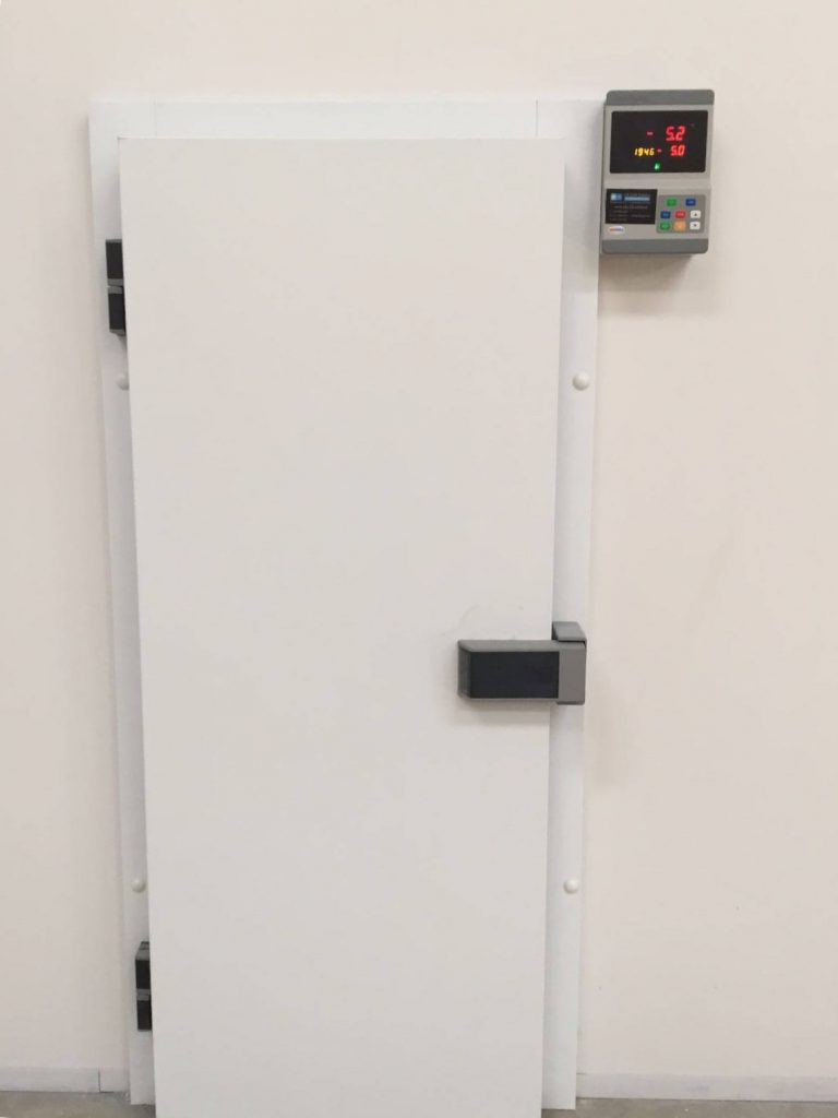 Cold room door installation. Service all around the UK.